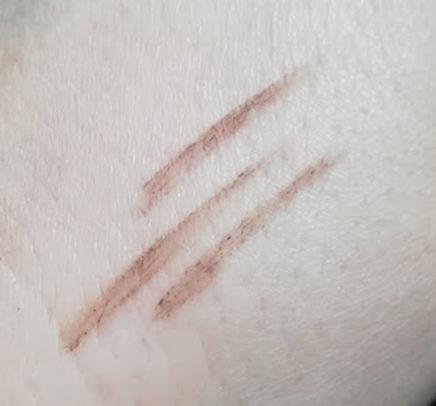 INGRID-Pomada-za-obrve-light-brown-uzorak-na-ruci